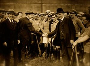 James Nolan shakes the hand  of Michael Collins , Kilkenny v Dublin 1921